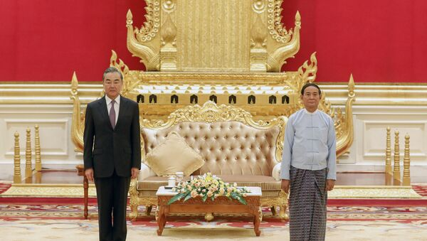 Wang Yi, le chef de la diplomatie chinoise en Birmanie - Sputnik France
