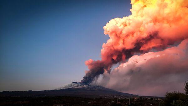 Une éruption de l'Etna - Sputnik France