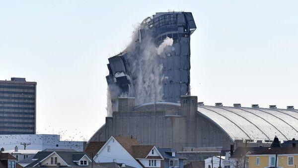 Le Trump Plaza démoli à Atlantic City - Sputnik France