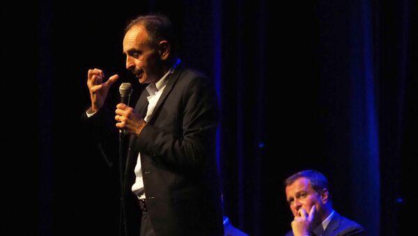 Eric Zemmour et Louis Aliot, lors d'un débat à Perpignan le 23 septembre 2019 - Sputnik France