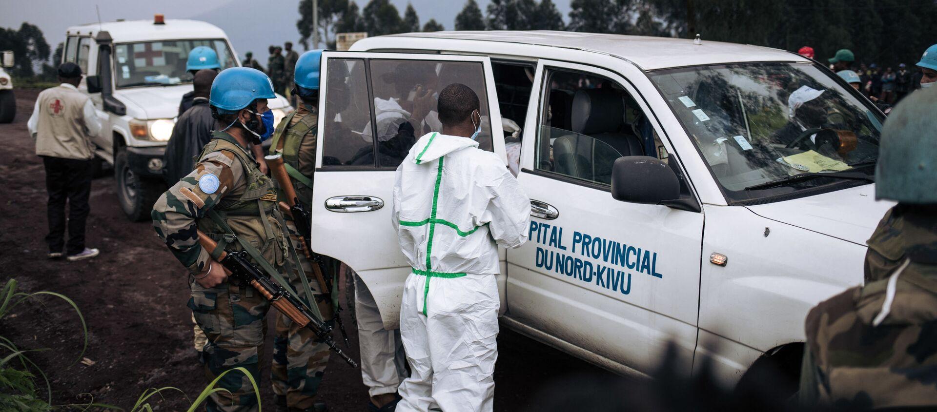 Une ambulance de l'hôpital du Nord-Kivu embarque le corps du chauffeur de l'ambassadeur italien - Sputnik France, 1920, 23.02.2021