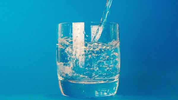 Un verre d'eau - Sputnik France
