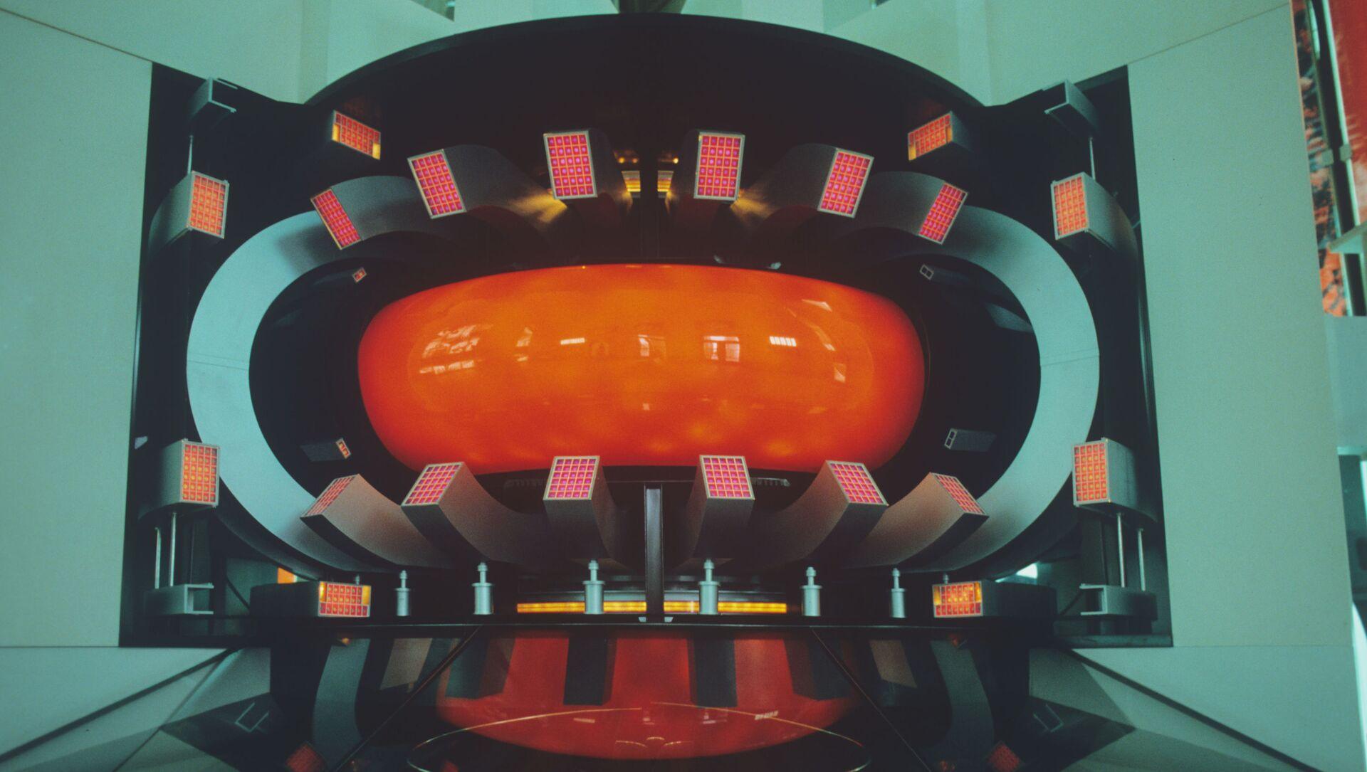 Une maquette du réacteur thermonucléaire T-15 (archive photo) - Sputnik France, 1920, 01.03.2021