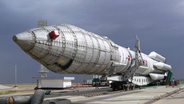 Le lanceur russe Proton avec le satellite américain Sirius FM5 (archive photo) - Sputnik France
