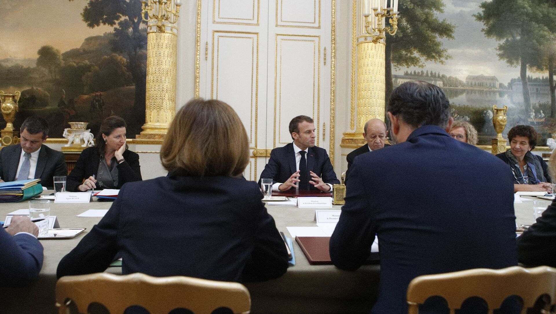Emmanuel Macron en conseil des ministres - Sputnik France, 1920, 27.07.2021
