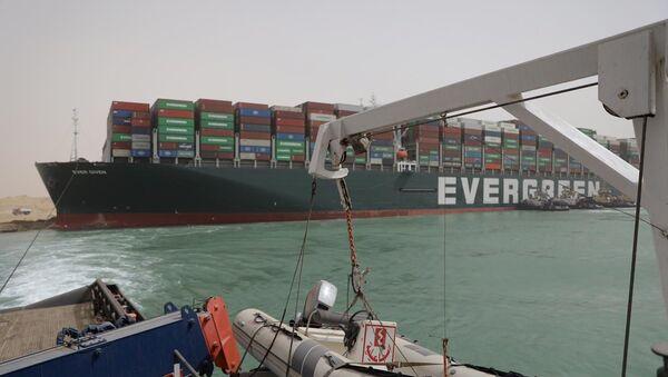 Le porte-conteneurs Ever Given bloque le canal de Suez - Sputnik France
