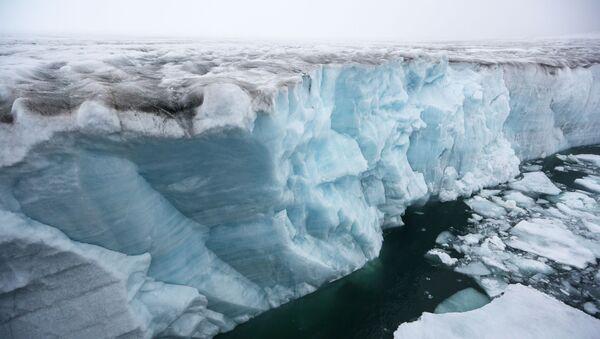 Un glacier de l'archipel François-Joseph (archive photo) - Sputnik France