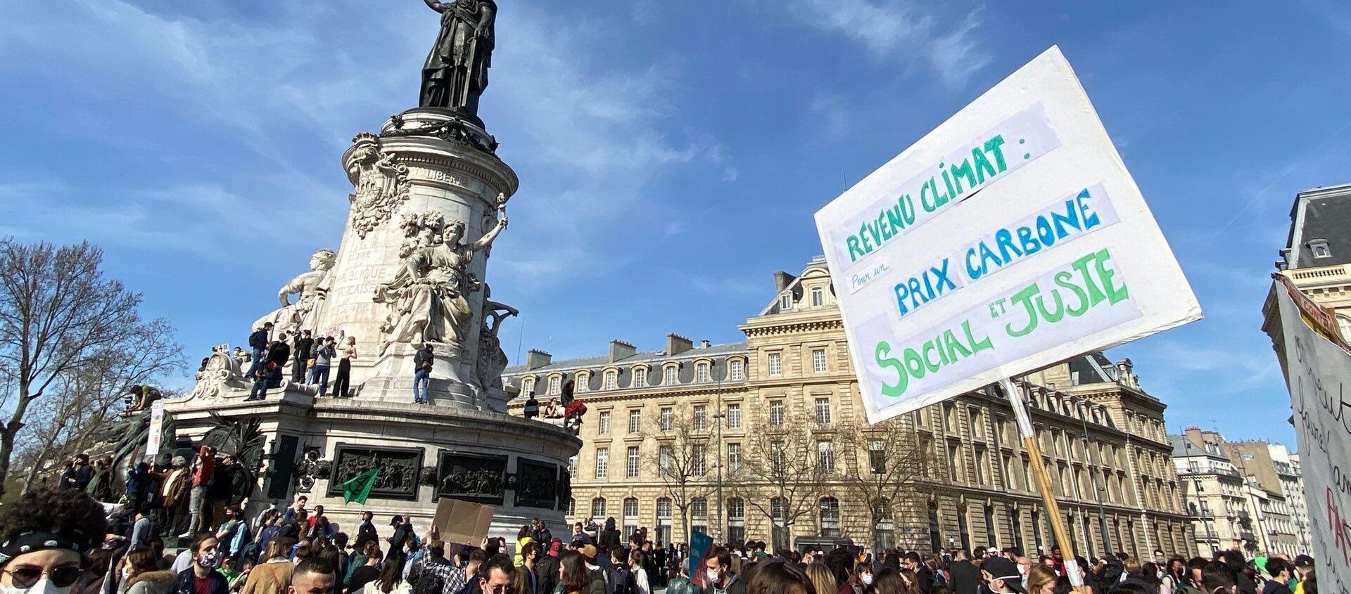 Mobilisation écologiste à Paris: marche pour une «vraie» loi Climat, 28 mars 2021 - Sputnik France, 1920, 20.07.2021