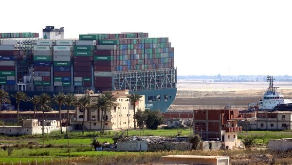L'Ever Given dans le canal de Suez - Sputnik France