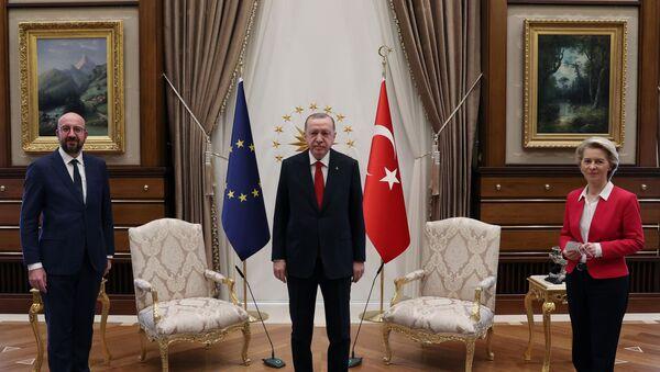 Erdogan rencontre Ursula von der Leyen et Charles Michel - Sputnik France
