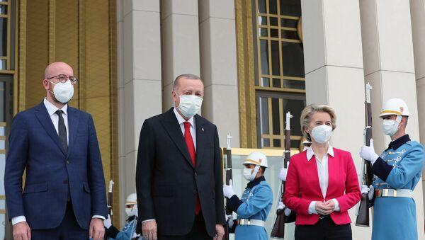 Recep Tayyip Erdogan, Charles Michel et Ursula Von der Leyen - Sputnik France