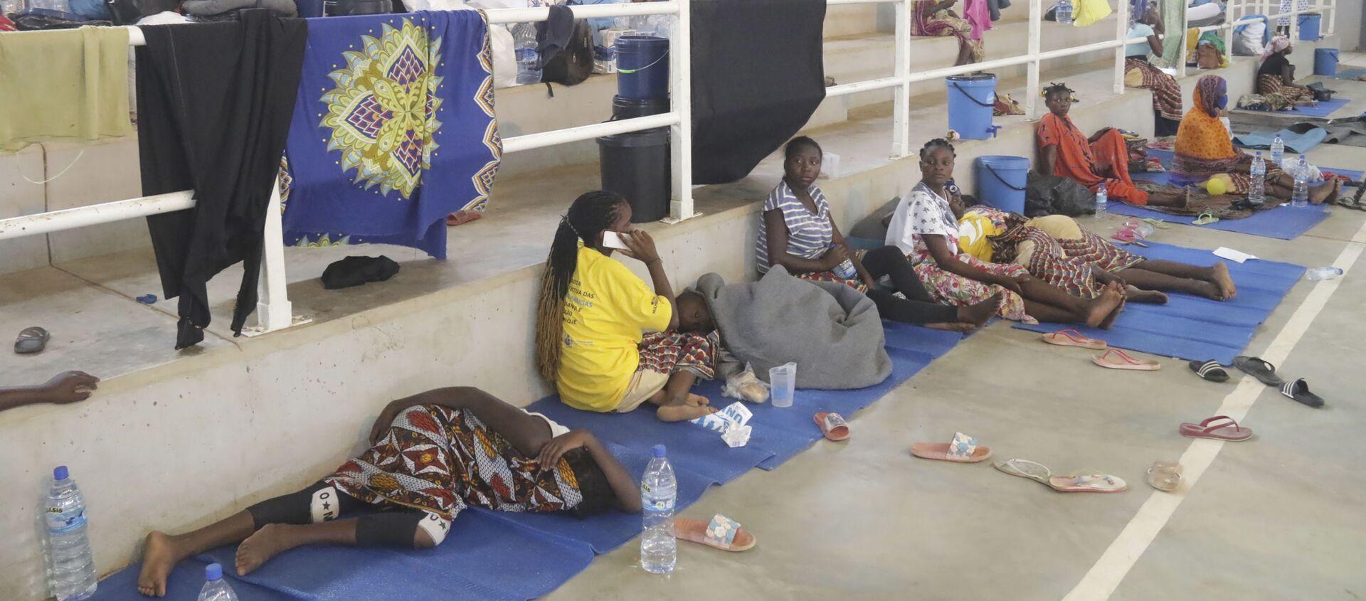 Des réfugiés trouvent abri dans un centre à Afungi, au Mozambique, après avoir fui les attaques à Palma dans le nord du pays, le 2 avril 2021 - Sputnik France, 1920, 09.04.2021
