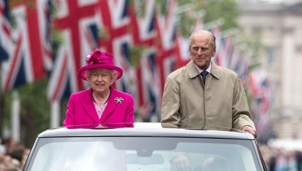 La reine Elisabeth II et le prince Philip - Sputnik France