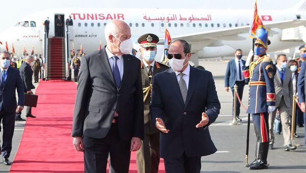 Le Président tunisien Kaïs Saïed et le Président égyptien Abdel Fatah al-Sissi au Caire, le 9 avril 2021 - Sputnik France