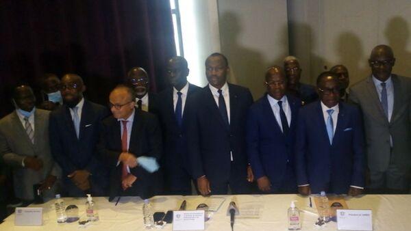 Signature des conventions de Maîtrise d'ouvrage délégué (MOD), projet C2D Emploi Jeunes - Sputnik France