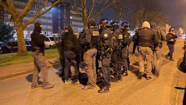 Quatrième nuit de tensions à Tourcoing, le 20 avril 2021 - Sputnik France