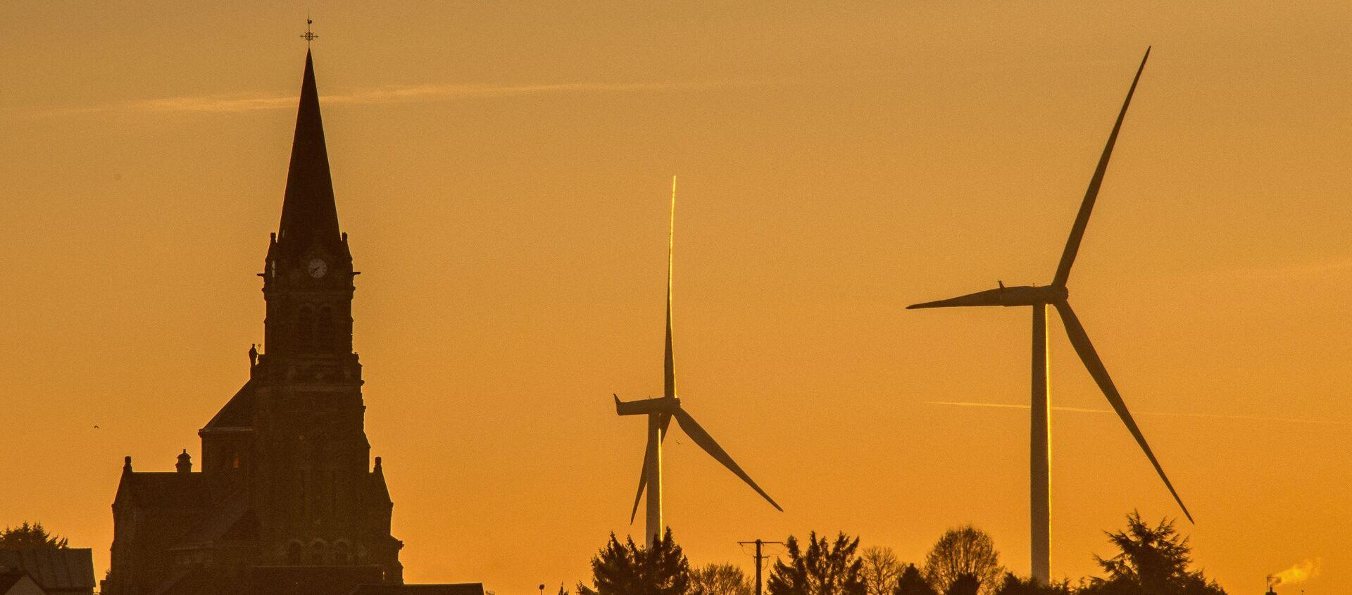 Des éoliennes à Leury, dans le nord de la France, Novembre 2016. (PHILIPPE HUGUEN / AFP) - Sputnik France, 1920, 30.04.2021