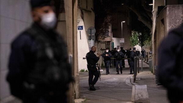 Situation à Avignon après le meurtre du policier Eric Masson lors d'une opération anti-drogue - Sputnik France