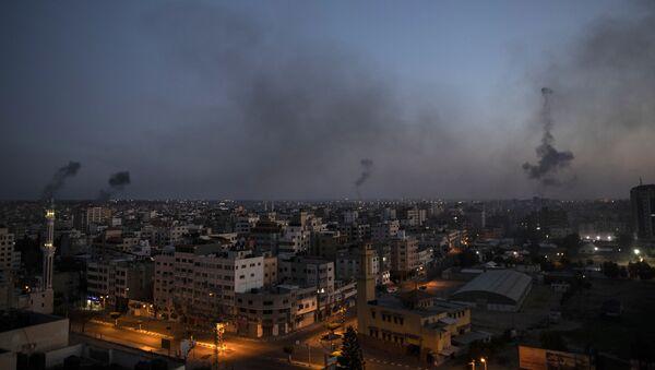 Israël bombarde la bande de Gaza, le 12 mai 2021 - Sputnik France