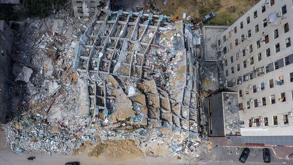 La tour Al-Jalaa à Gaza, détruite par une frappe israélienne - Sputnik France