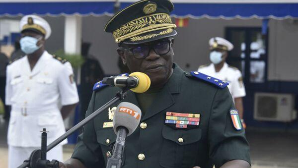 Le chef d'état-major général des Armées, le général de corps d'armée Lassina Doumbia, lundi 31 mai 2021. - Sputnik France