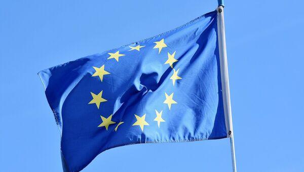 Un drapeau européen  - Sputnik France