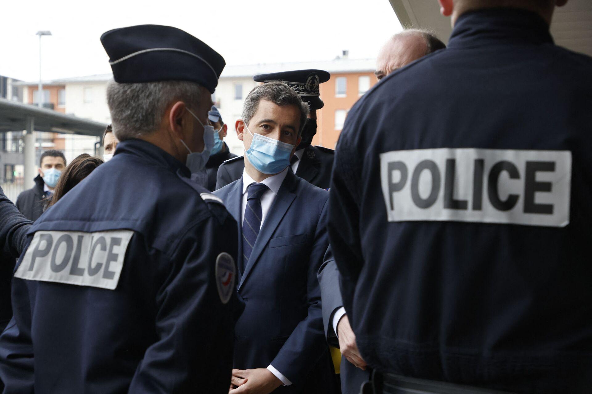 Dans un courrier transmis ce 7 septembre aux préfets, Gérald Darmanin en appelle à la «vigilance dans le cadre de l'ouverture du procès des attentats» tant vis-à-vis de la «menace endogène qu'exogène». «La menace terroriste est très forte», prévient le ministre de l'Intérieur. - Sputnik France, 1920, 21.09.2021