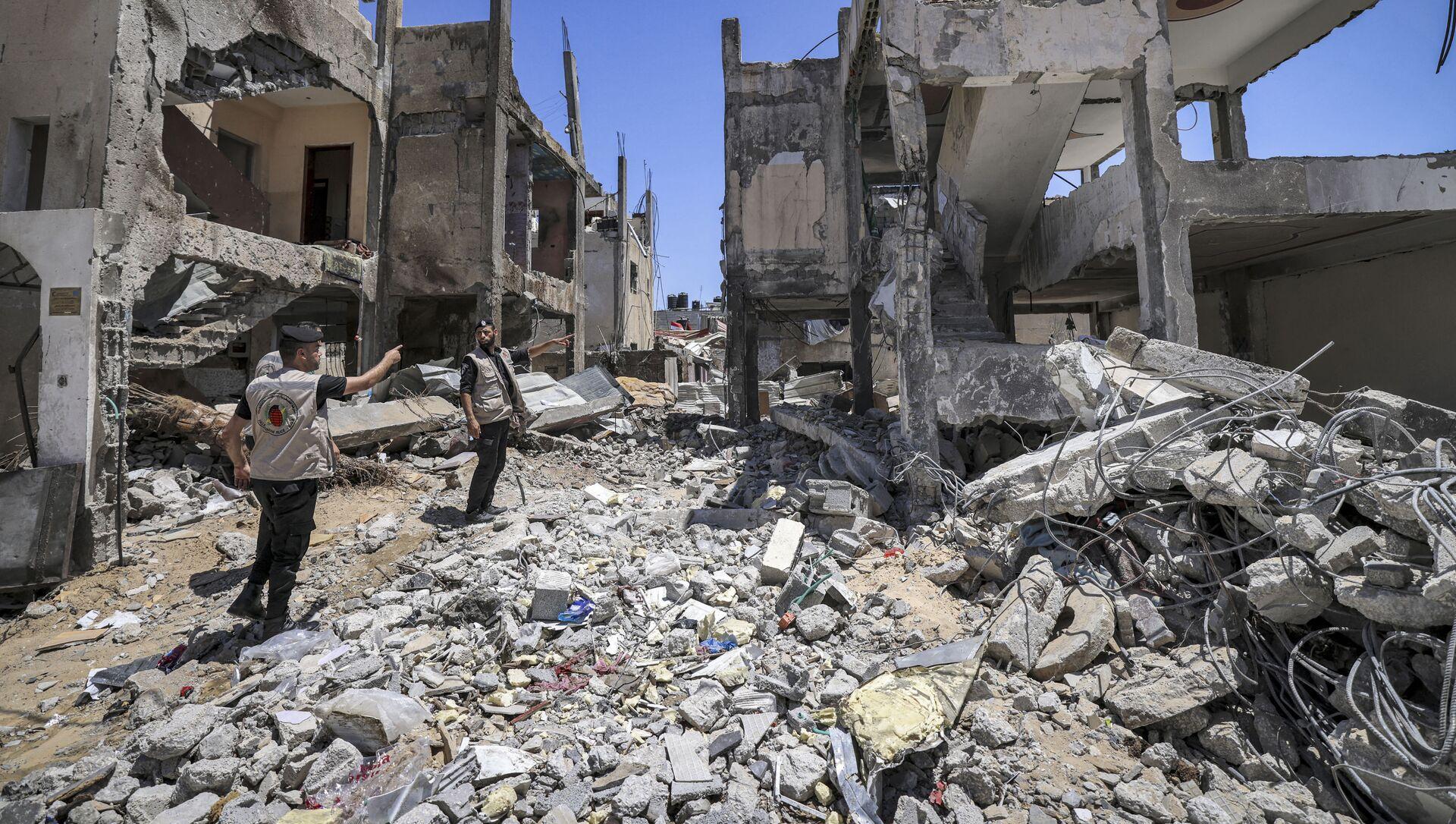 Поиск неразорвавшихся снарядов после конфликта с Израилем в секторе Газа - Sputnik France, 1920, 14.09.2021