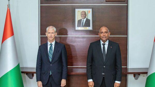 Le Premier ministre ivoirien Patrick Achi a reçu en audience vendredi 4 juin 2021 à la Primature le ministre français Franck Riester. - Sputnik France