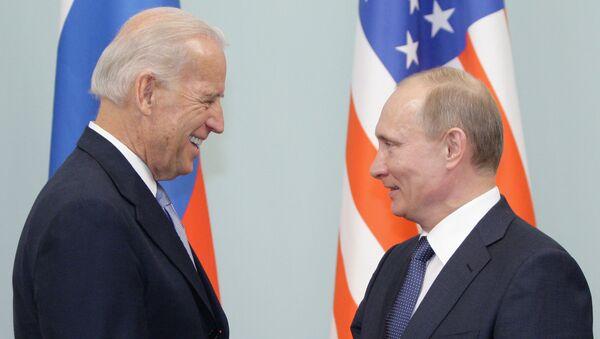 Joseph Biden et Vladimir Poutine - Sputnik France