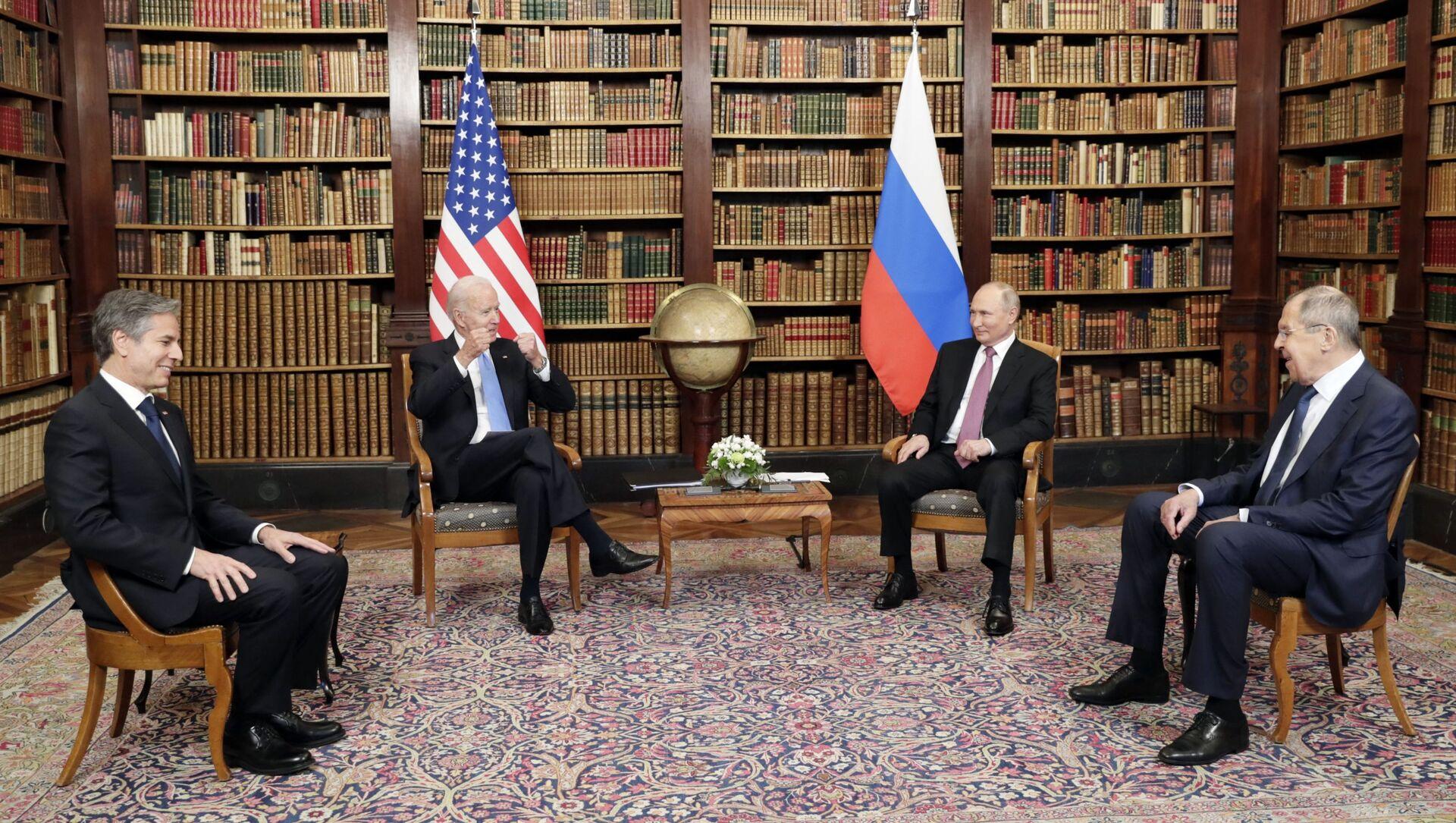 Poutine et Biden lors de leur rencontre à Genève, 16 juin 2021 - Sputnik France, 1920, 16.06.2021