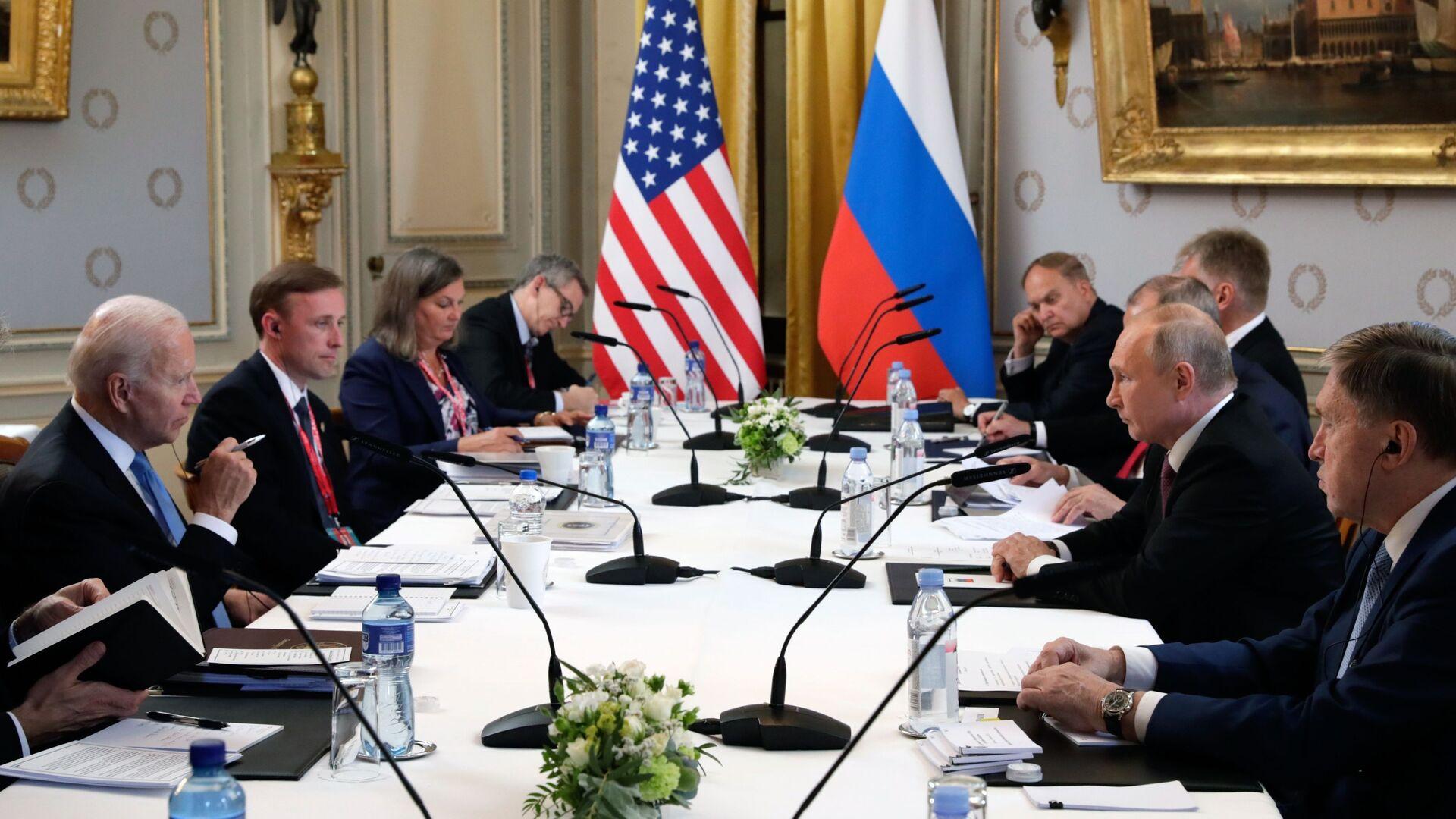 Rencontre de Poutine et Biden à comité élargi, 16 juin 2021 - Sputnik France, 1920, 24.06.2021