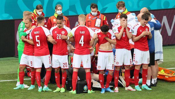 Les joueurs danois autour de Christian Eriksen, le 12 juin 2021 - Sputnik France