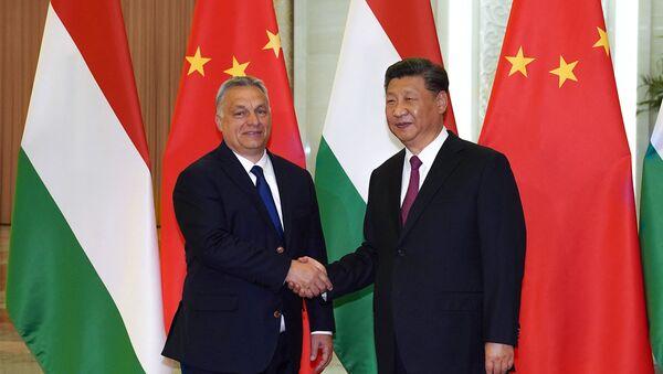 Viktor Orban et Xi Jinping à Pékin en 2019 - Sputnik France