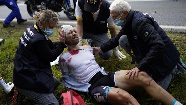Accident d'envergure au Tour de France  - Sputnik France