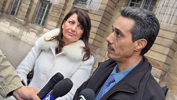 Omar Raddad s'exprime aux côtés de son avocate devant le ministère de la Justice à Paris - Sputnik France
