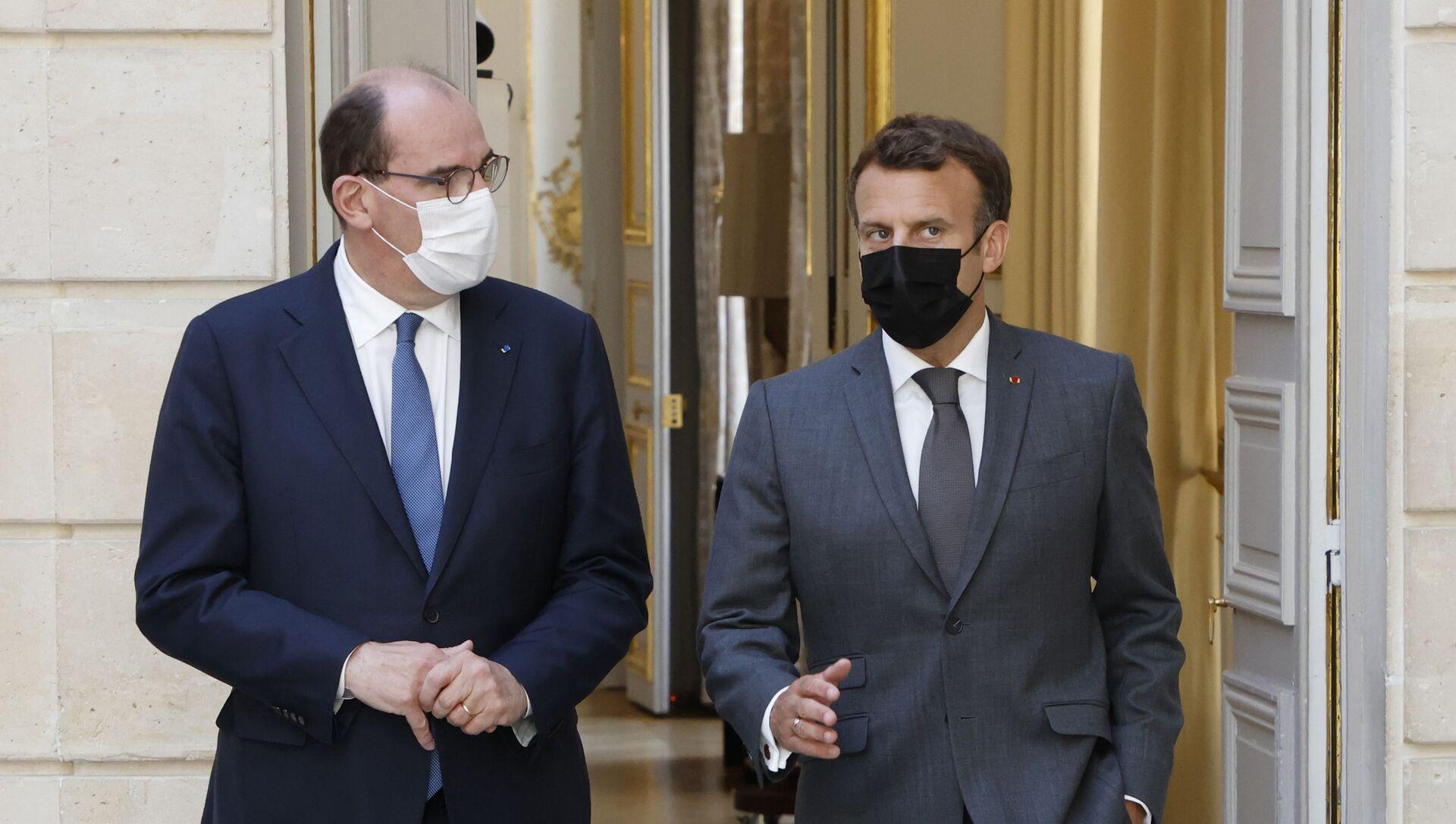Le Président de la République Emmanuel Macron et le Premier ministre Jean Castex à l'Elysée, juin 2021 - Sputnik France, 1920, 02.07.2021