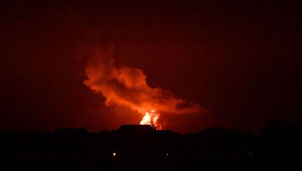 Взрыв и пожар в азербайджанском секторе Каспийского моря - Sputnik France