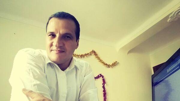 Le Dr Younes Benmahammed, enseignant-chercheur en linguistique française à l'universite de M'Sila - Sputnik France