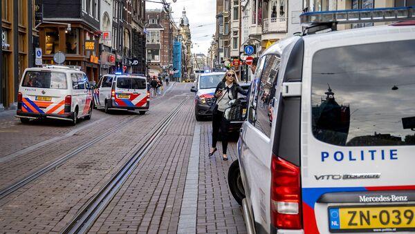 Sur les lieux de l'attaque contre Peter R. de Vries à Amsterdam - Sputnik France