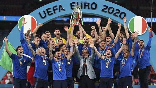 L'Italie s'impose face à l'Angleterre en finale de l'Euro 2020   - Sputnik France
