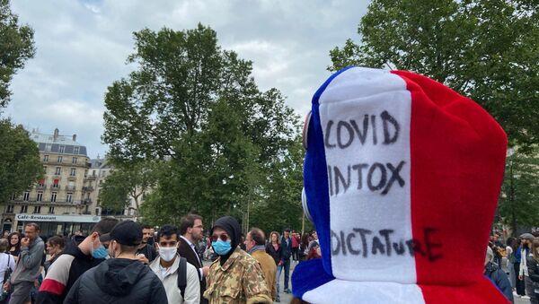 Manifestation contre le pass sanitaire, place de la République à Paris, 14 juillet 2021 - Sputnik France