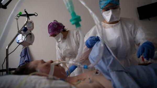 Un patient atteint de Covid-19 en France, le 20 avril 2021 - Sputnik France