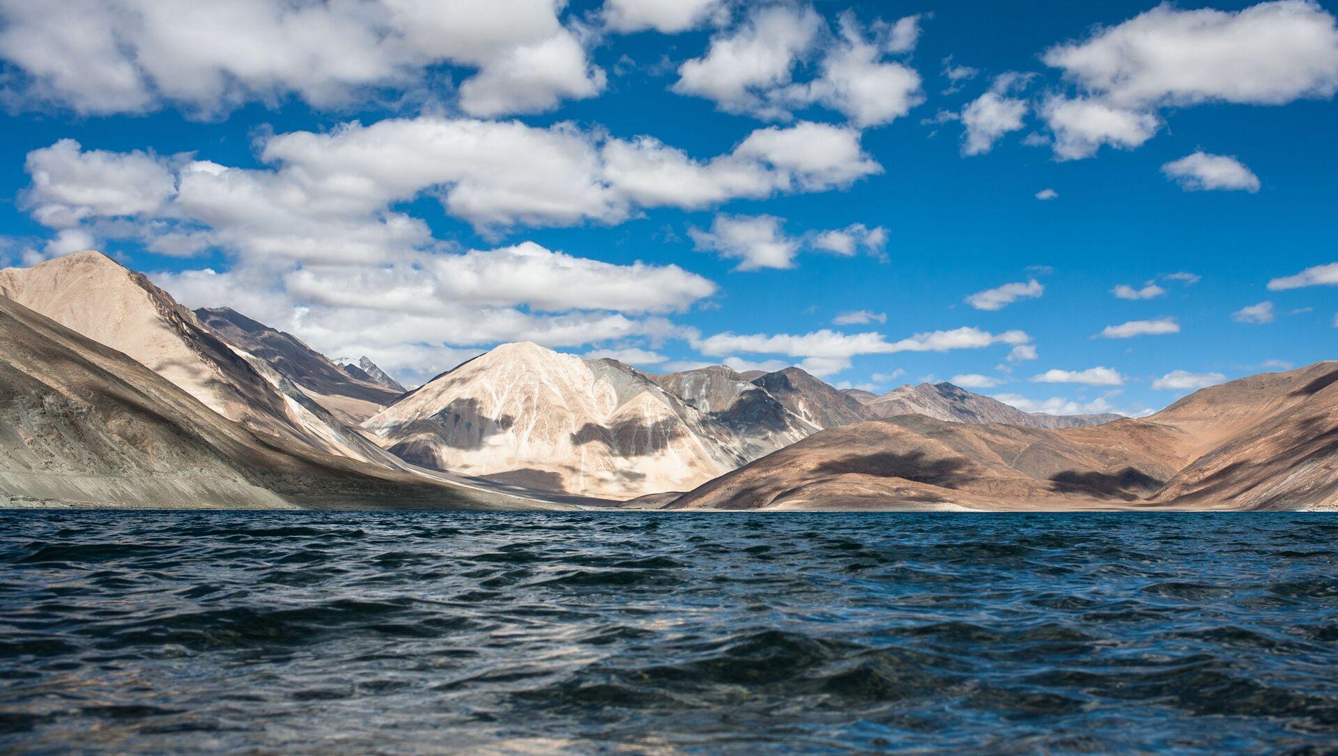 Lac Pangong dans l'Himalaya - Sputnik France, 1920, 01.08.2021
