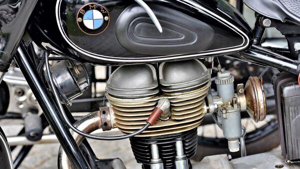 Moteur. Moto. Deux roues. Image d'illustration - Sputnik France