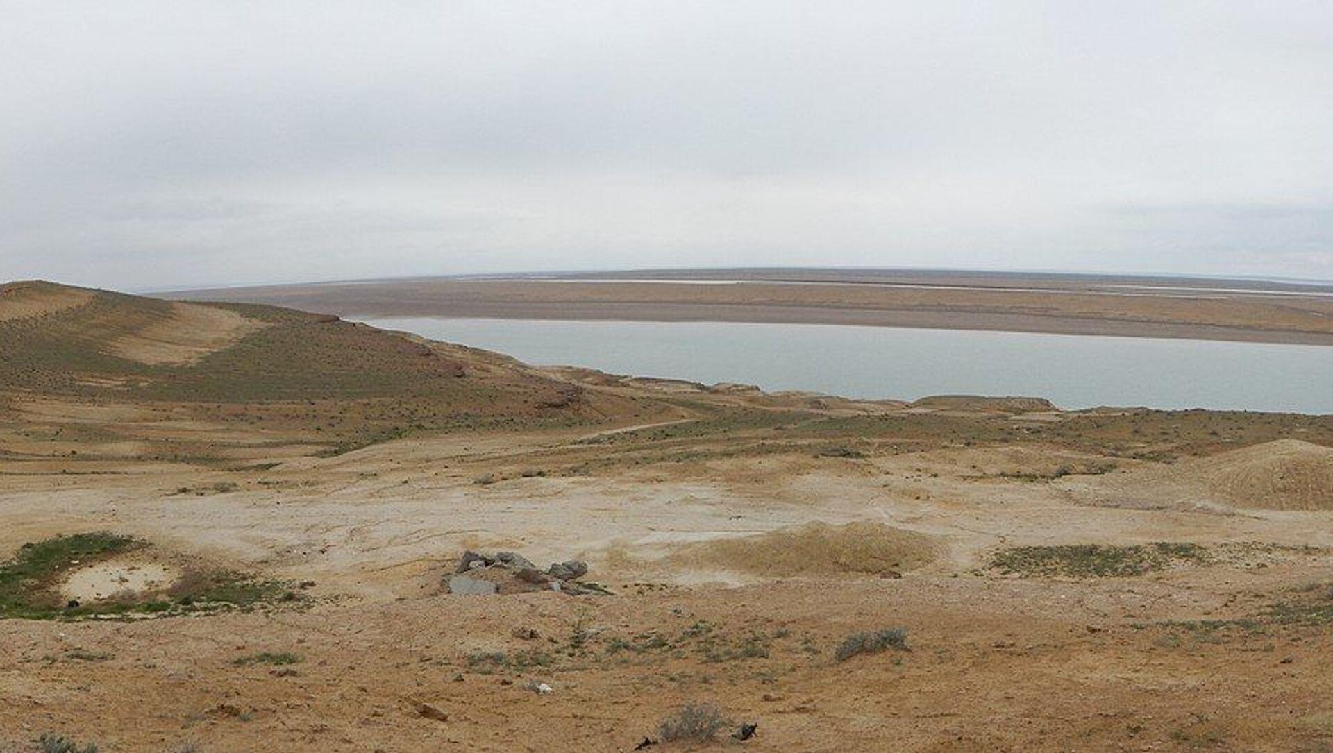 Fleuve Amou-Daria qui sert partiellement de frontière entre l'Afghanistan et l'Ouzbékistan - Sputnik France, 1920, 16.08.2021