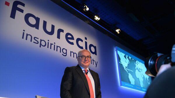 Patrick Koller, directeur général de Faurecia 9 février 2017. (Photo ERIC PIERMONT / AFP) - Sputnik France