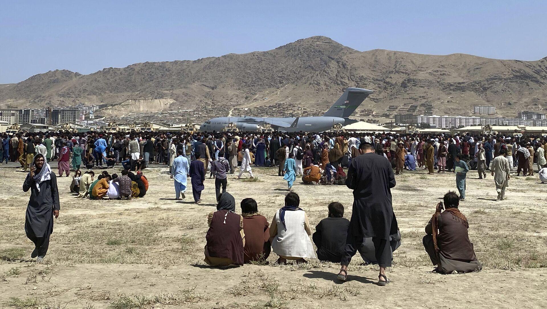 L'aéroport de Kaboul, le 16 août 2021 - Sputnik France, 1920, 17.08.2021