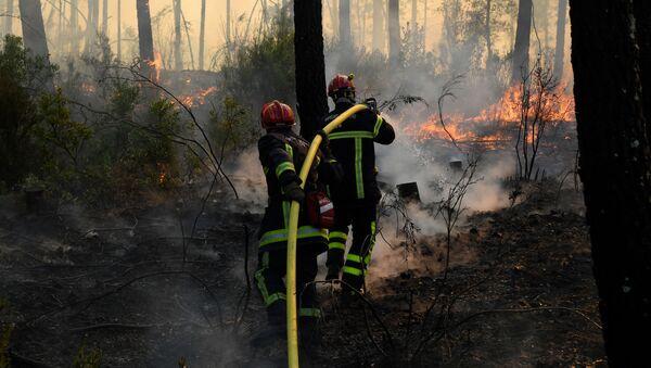 L'incendie dans le Var  - Sputnik France