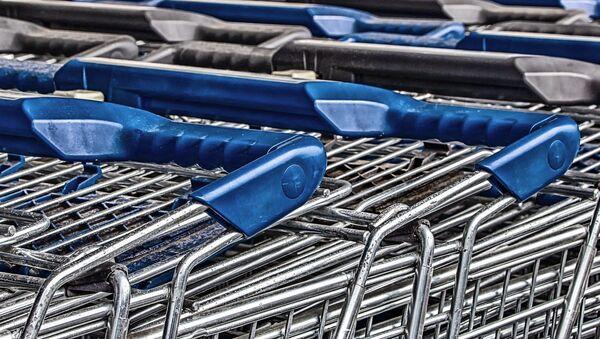 Des chariots de supermarché - Sputnik France